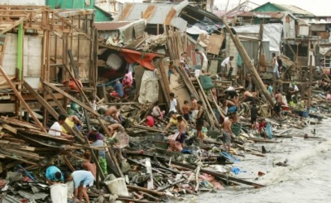 Страшни бедствия в Южна Азия