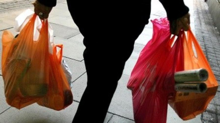 До 70% е спаднало потреблението на найлонови торбички