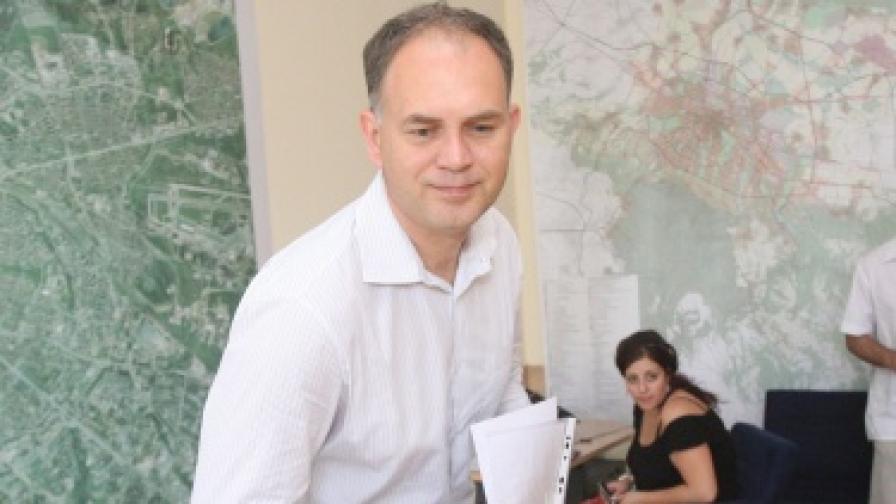 Кадиев: Пожелавам си честна битка и честни избори