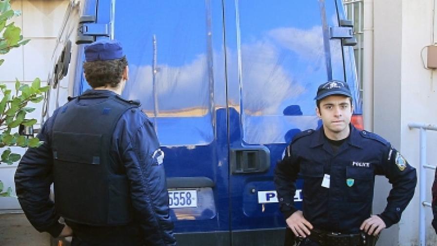Драма със заложници в гръцки затвор