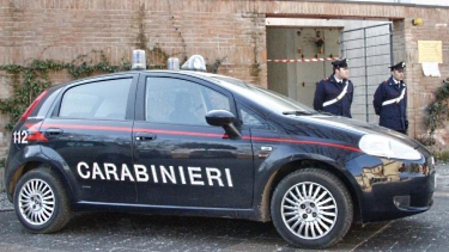 Изпратиха куршуми на Монти и Берлускони