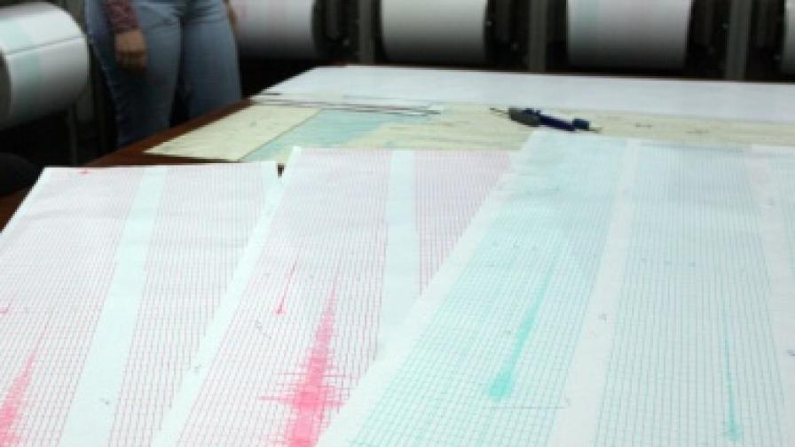 Земетресение с магнитуд 7.0 разтърси Югоизточна Япония