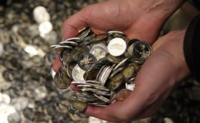 Световната икономика ще куца през 2012 г.
