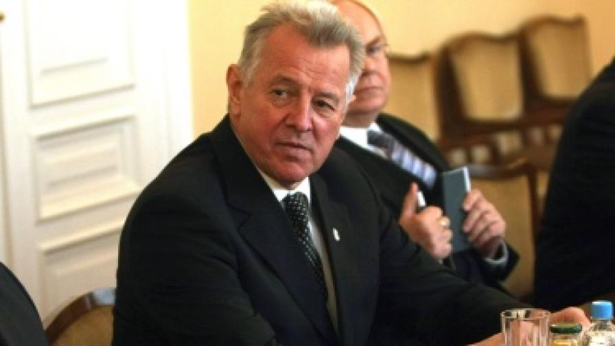 Унгарският президент плагиатствал от българин?