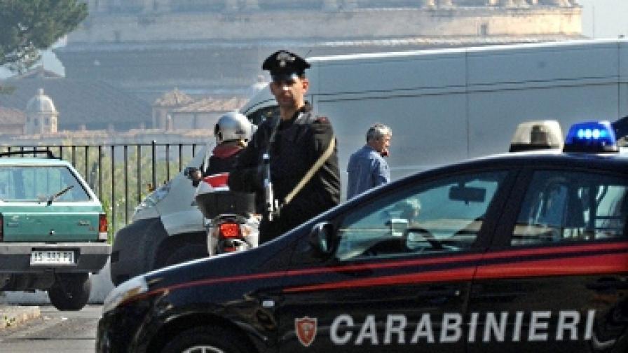 Три взривни устройства избухнаха в Неапол