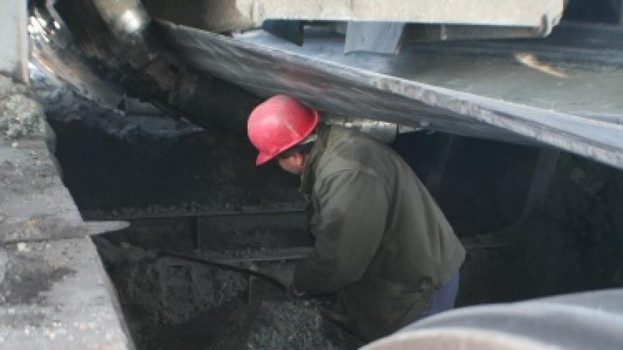 """ТЕЦ """"Марица Изток"""" 2 спира заради стачката"""