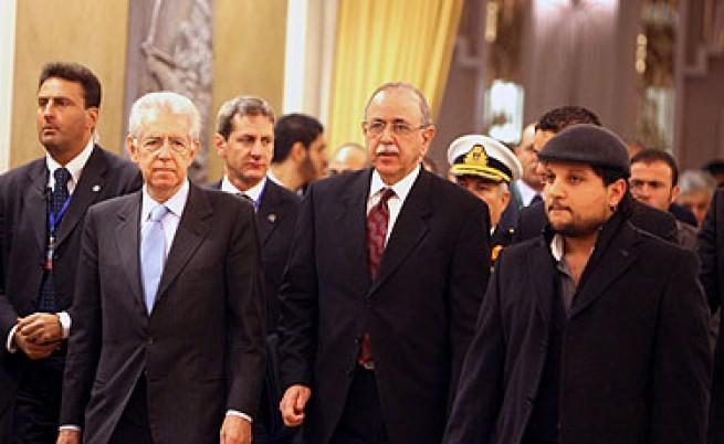 Демонстранти нахлуха в централата на правителство на Либия