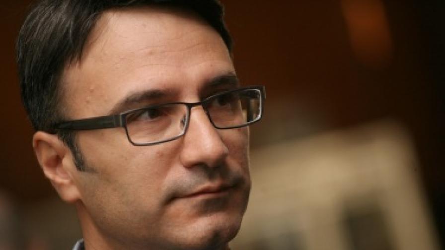 Трайков: Финансови интереси стоят зад протестите срещу шистовия газ