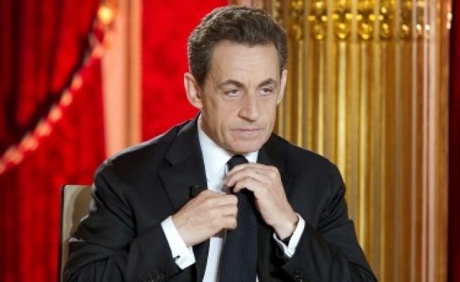 Саркози изчаква с кандидатурата си за втори мандат