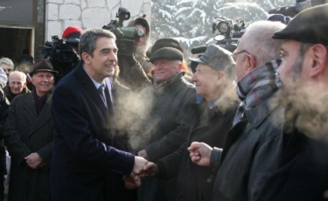 Плевнелиев: Да гледаме напред, но и да помним комунистическия режим