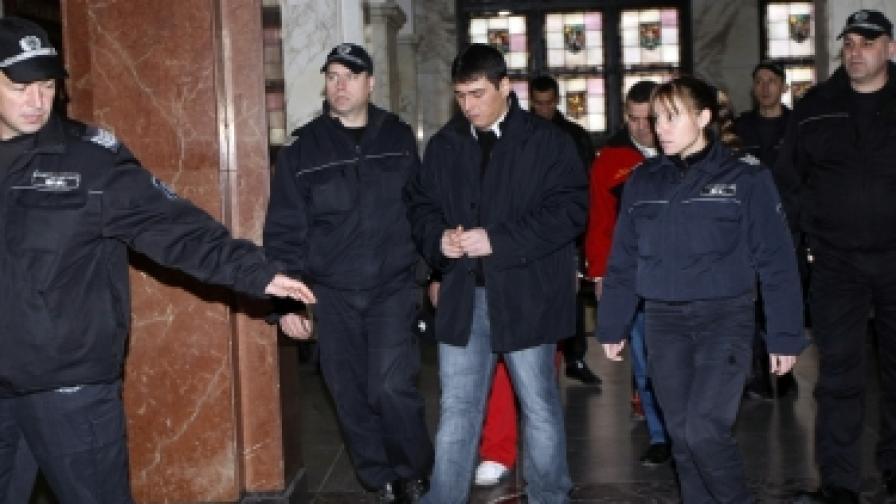 Адвокатите на убиеца Лазар Колев не се явиха във ВКС днес и провалиха делото