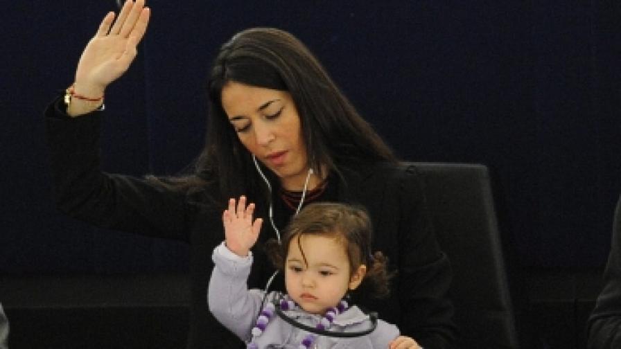 С бебета в Европейския парламент?
