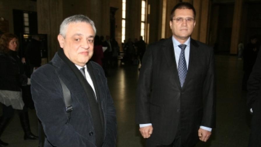 Николай Цонев(д) и Тенчо Попов в съда
