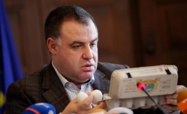 Земеделският министър: Търсете българските яйца
