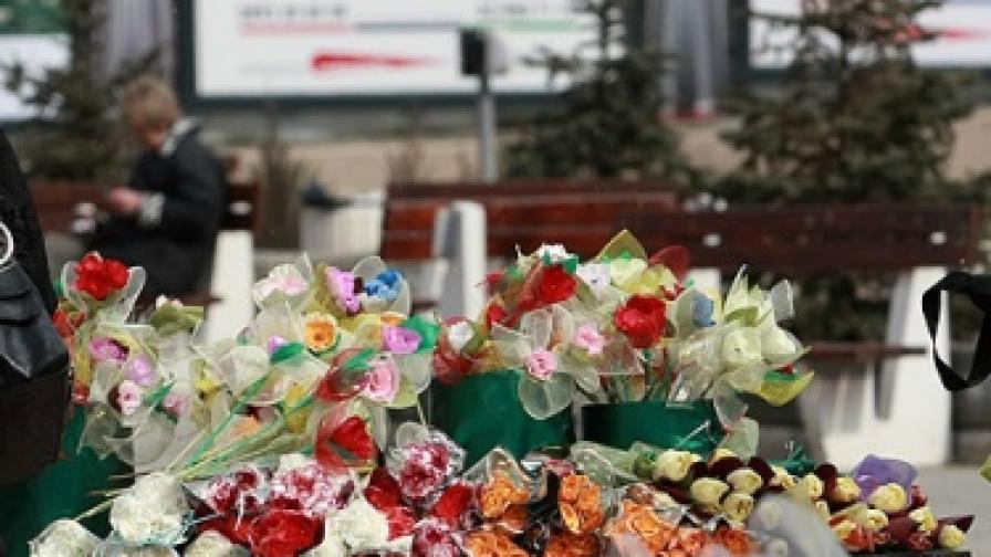 Жените искат най-много цветя за 8 март