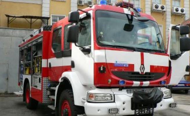 Два буса и лека кола горяха в Катуница