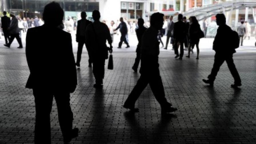 Работещите у нас намаляват на 2,9 млн. души