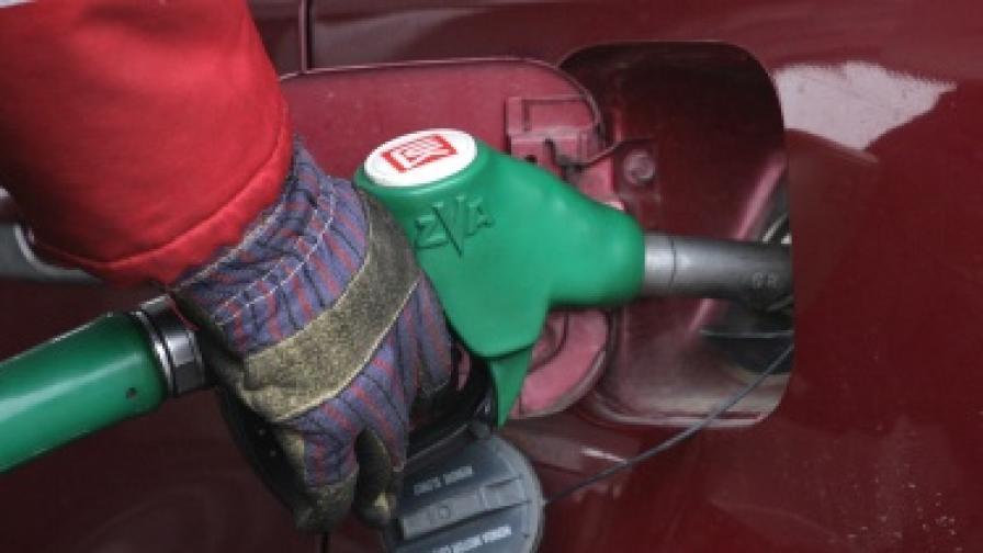 Нов рекорд в цените на бензина