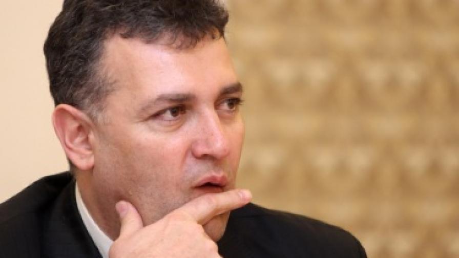 Уволниха зам.-министъра на икономиката Димитър Чохаджиев
