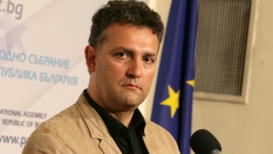 Валентин Николов е назначен за зам.-министър на икономиката