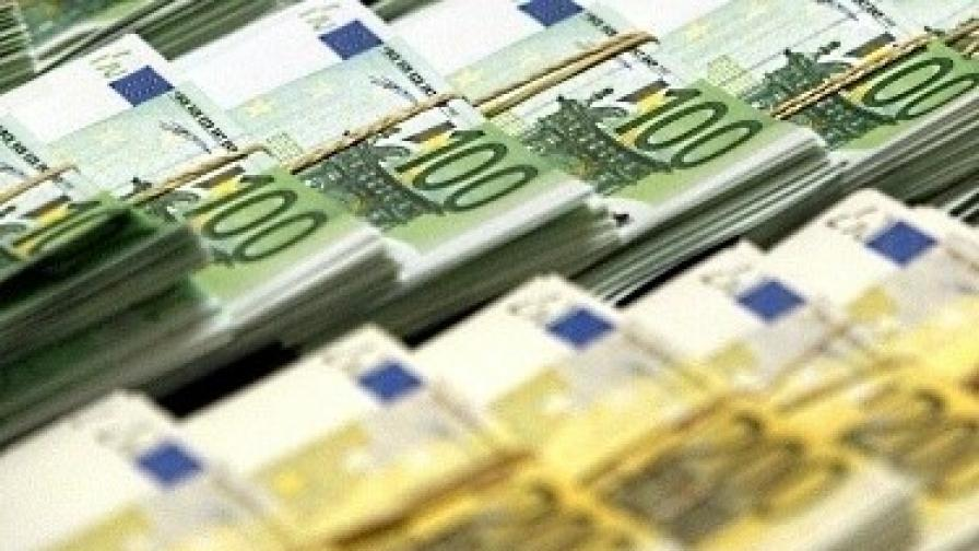 Европа ще укрепи спасителния фонд
