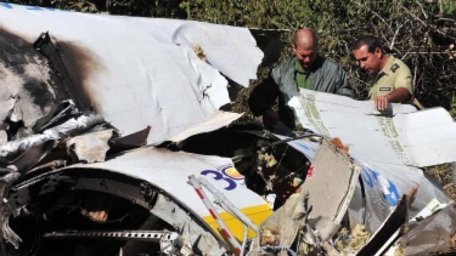 31 загинаха при самолетна катастрофа в Русия