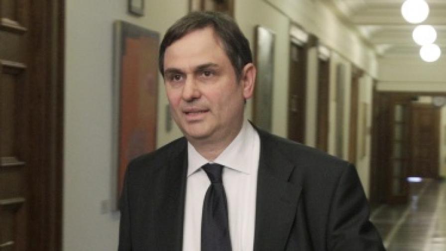 Атина: Заплати като в България не са решение