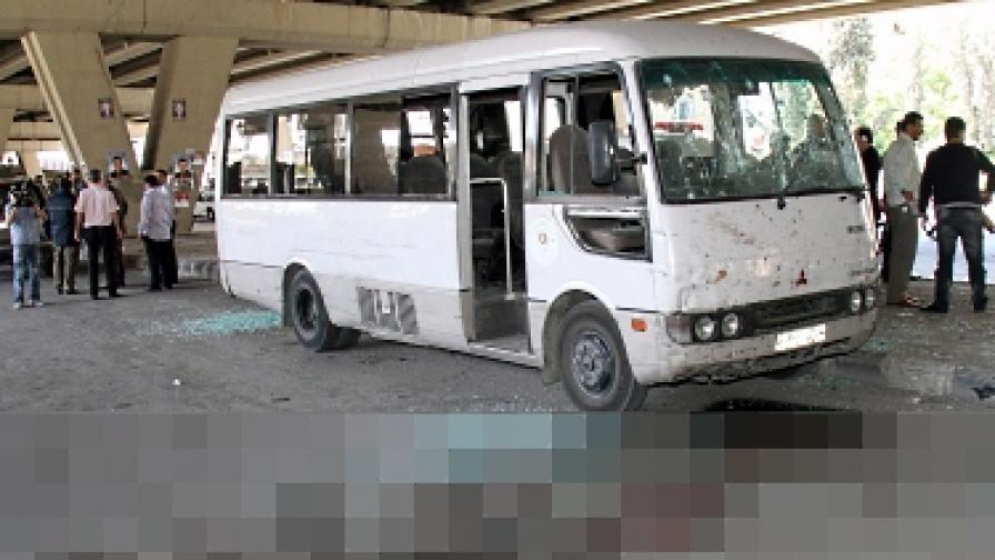 Взривът е бил насочен срещу автобус с лоялни на режима представители на местните милиции