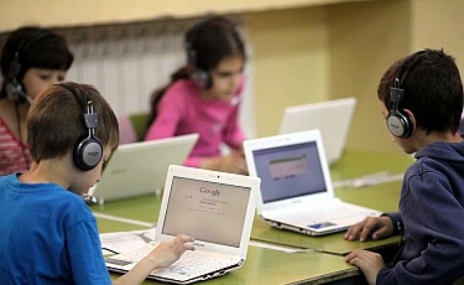 Психолог: Гледаме деца с методи отпреди 100 години