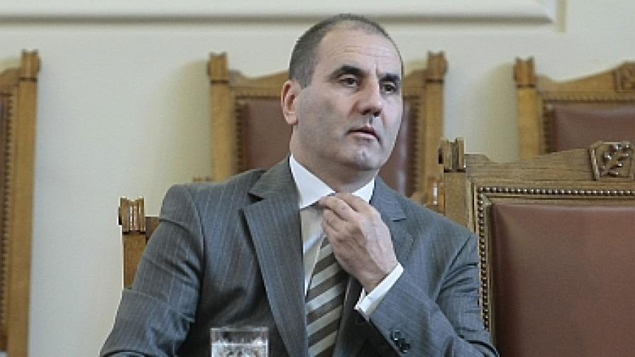 "Цветанов: МВР разработва ""кокаинови крале"" на прехода"