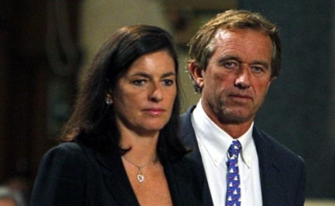 Проклятието Кенеди: Още един труп в семейството