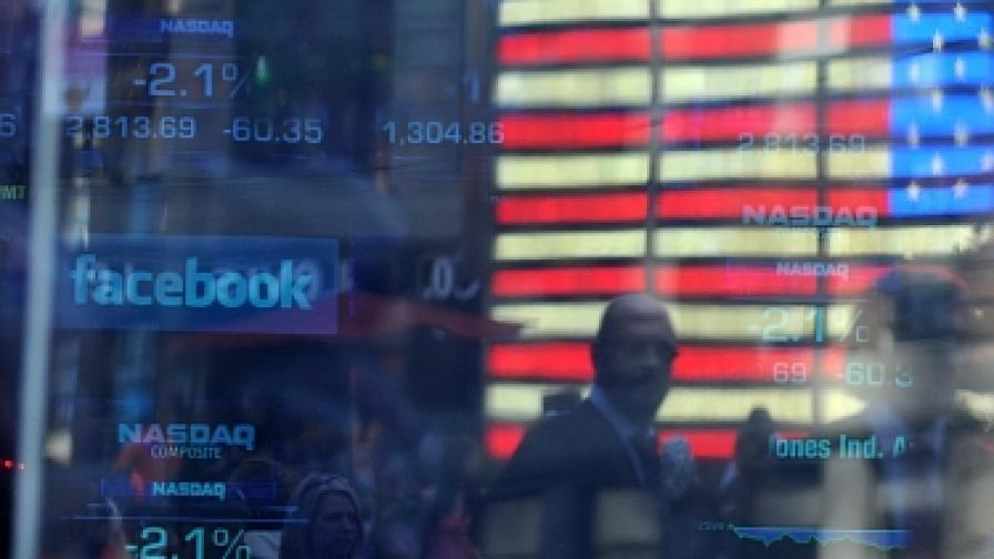 """""""Фейсбук"""" пуска 25% повече акции от предвиденото"""