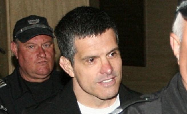 Брендо остава в ареста