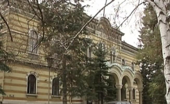 Синодът се поправи пред Манджуков