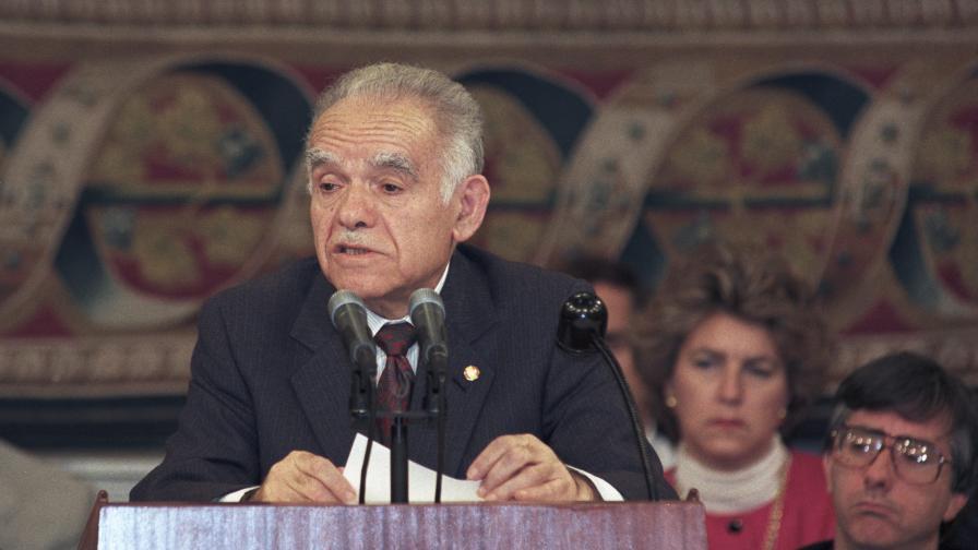 Ицхак Шамир почина на 96 години