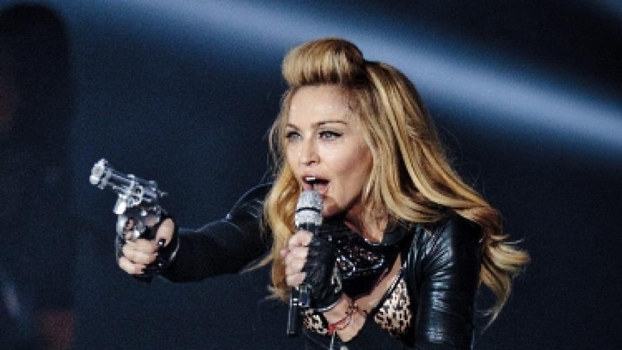 Камион на Мадона катастрофира на път за концерт в Швеция