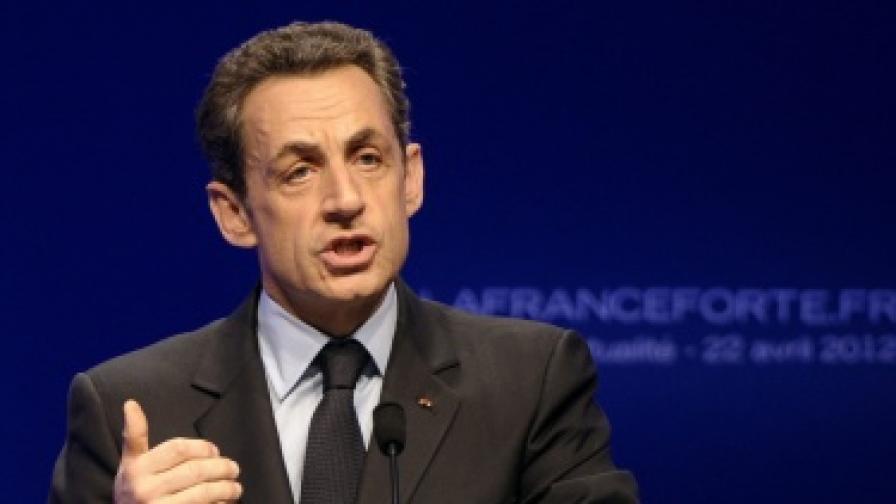 Френската полиция претърси дома и офиса на Саркози