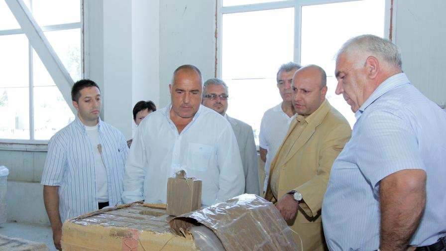Още 12 тона хашиш открити в склад в Мировяне