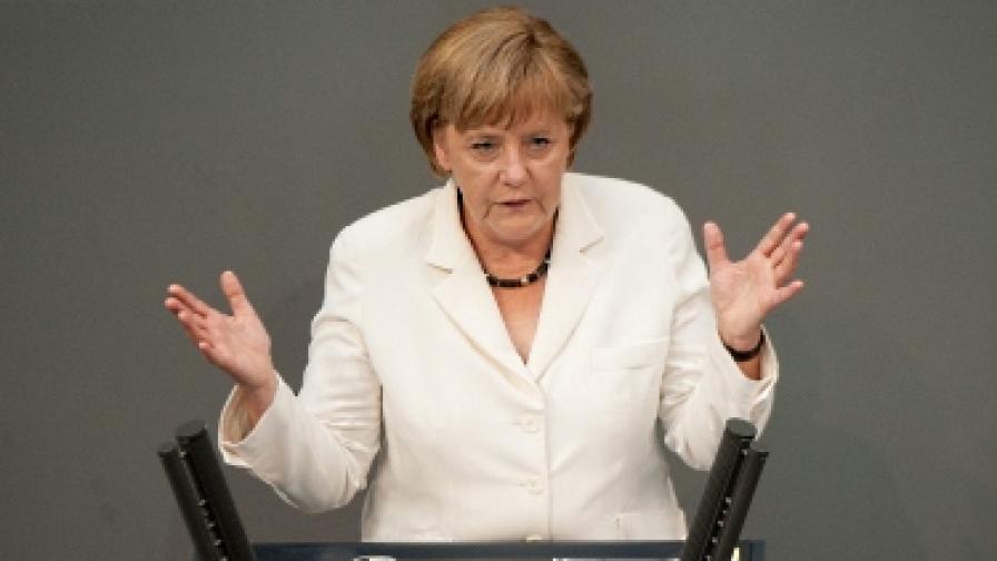 """Меркел: Станахме """"страна на смешници"""" с това обрязване"""