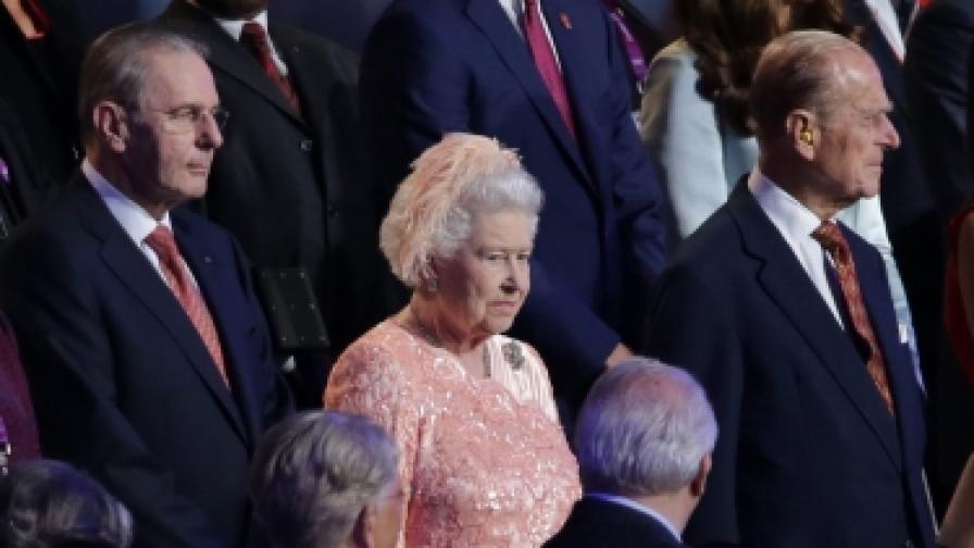 Плевнелиев покани кралицата  в България