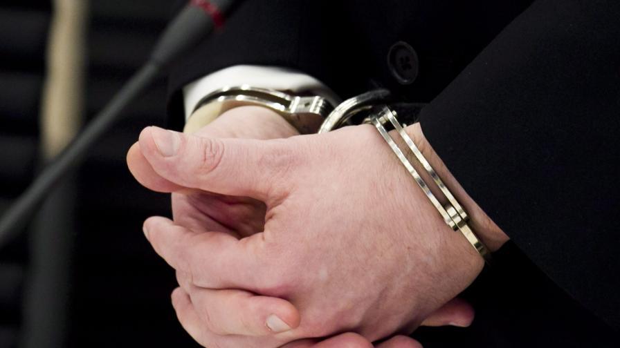 Арестуваха 16-годишния син на Златко Баретата