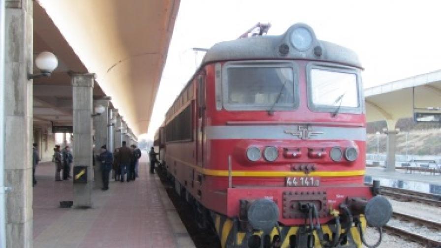 Билетите за влаковете ще поскъпнат още