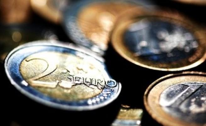 ЕК иска ЕЦБ да контролира всички банки в еврозоната