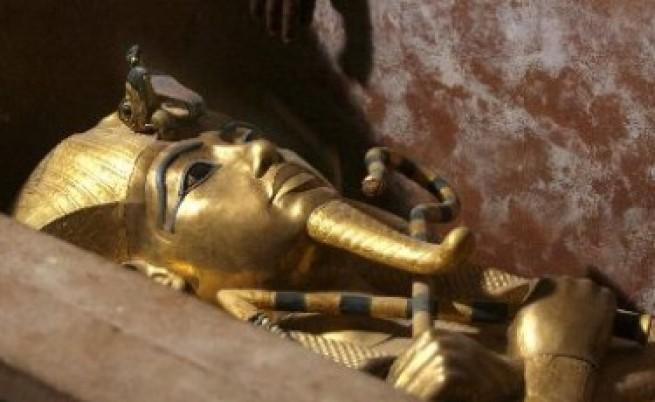 От какво умря Тутанкамон?