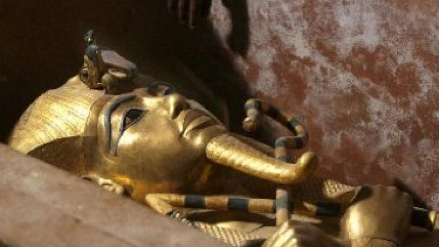 Камата на Тутанкамон е с космически произход