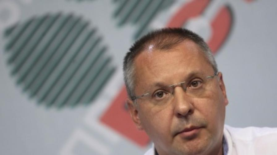 Станишев: Властта се ояде и започна да си вярва