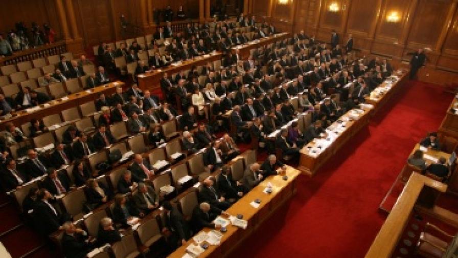 Препитаха 17 кандидати за членове на ВСС