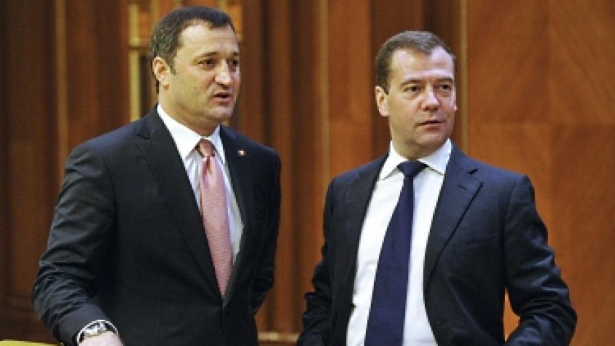 Русия предлага по-евтин газ на Молдова, ако откаже сътрудничество с ЕС