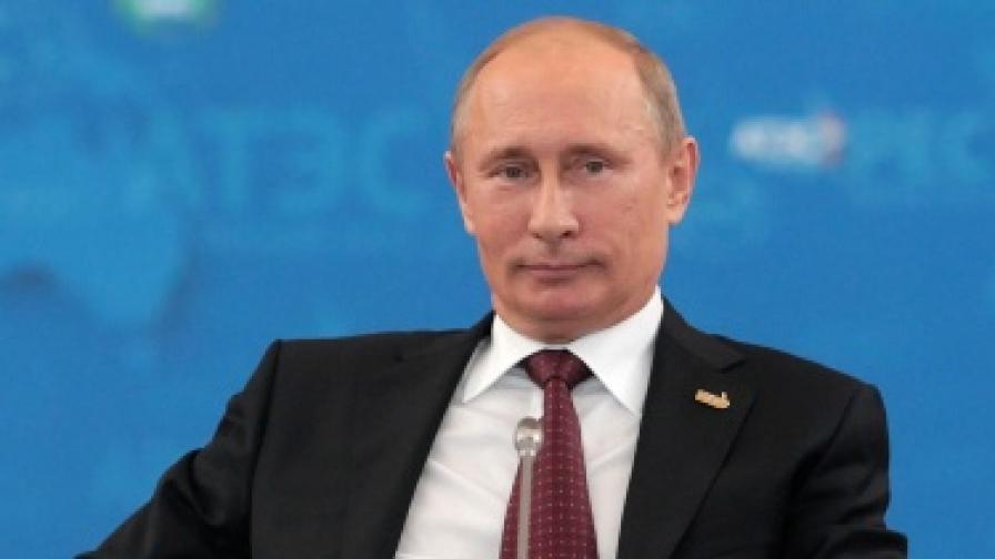 Изявите на Путин в дивата природа - нагласени