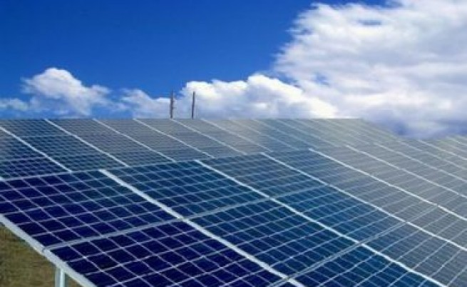 Производители на зелена енергия искат да съдят ДКЕВР